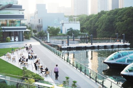 「WATERS takeshiba(ウォーターズ竹芝)」-歴史あるまち、新たなまちが混ざり合う水辺空間